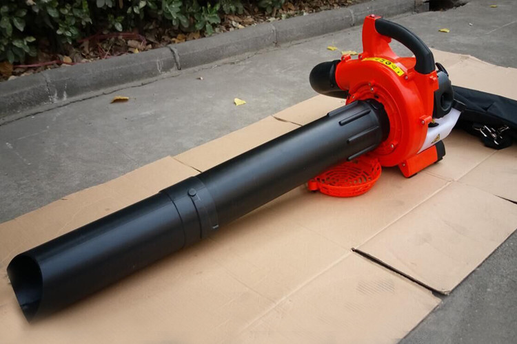 High Efficient Garden Leaf Blower With Angled Tube Design 180km/H Air Velocity